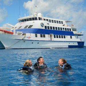 oceanquest liveaboard Great Barrier Reef